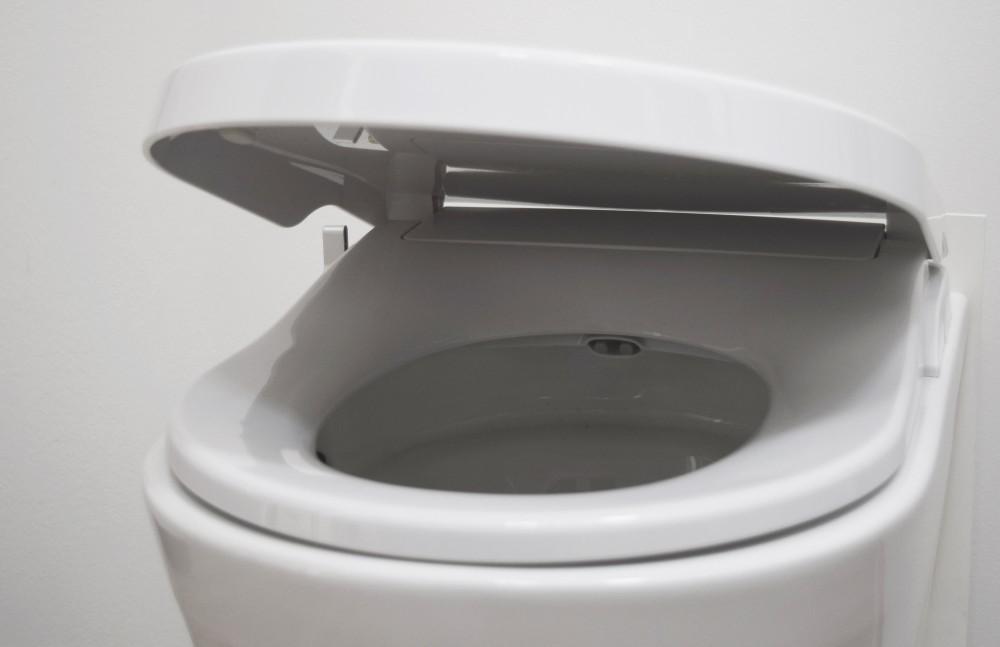 italian made shower toilet